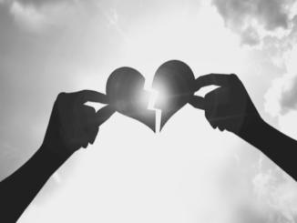 Bild eines gebrochenen Herzens
